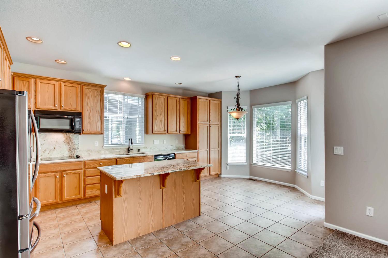 24768 E Florida Ave Aurora CO-large-007-16-Kitchen-1500x1000-72dpi.jpg