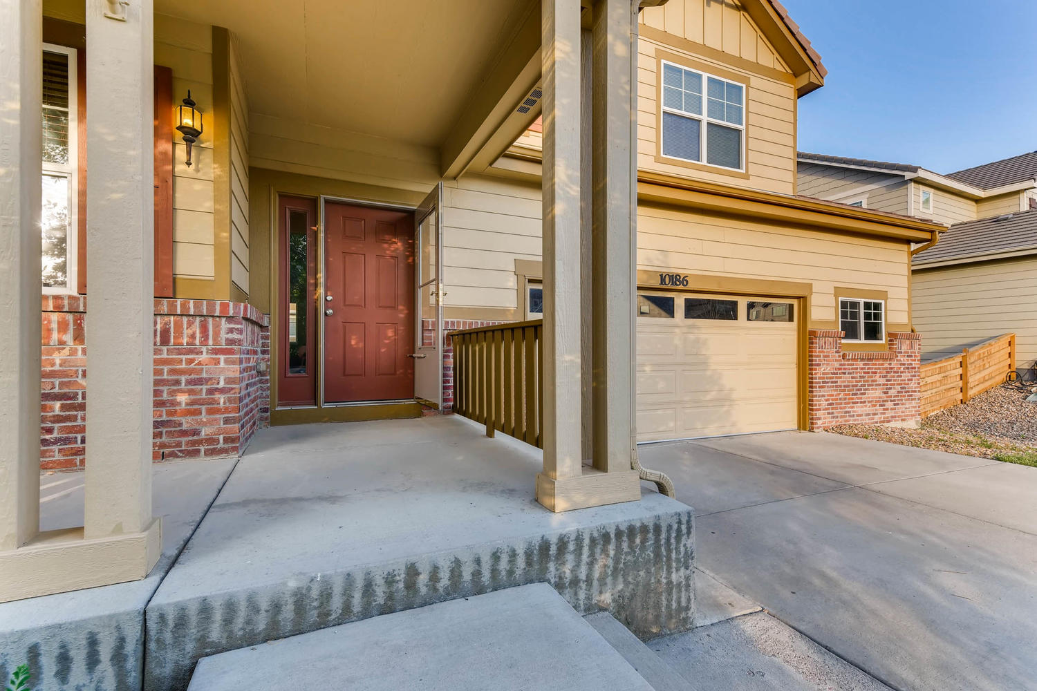 10186 Pitkin Way Commerce City-large-003-1-Exterior Front Entry-1500x1000-72dpi.jpg