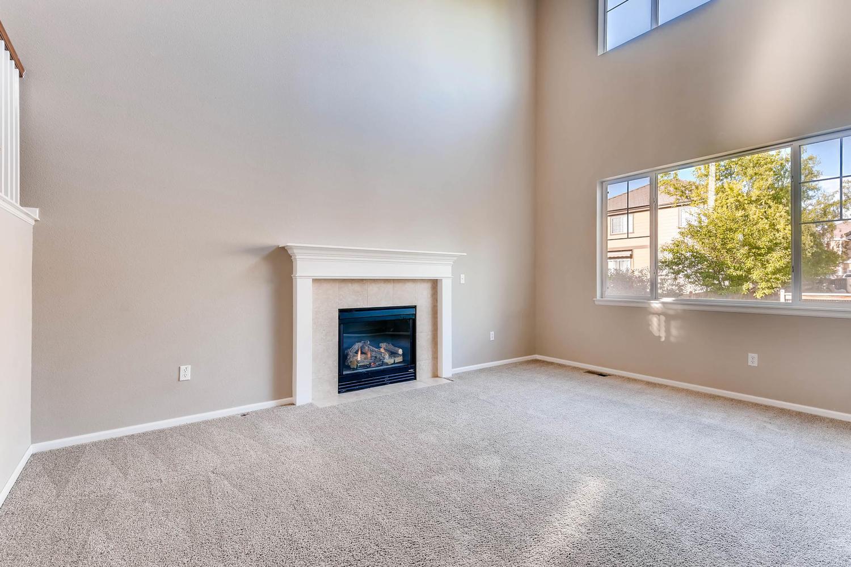 10186 Pitkin Way Commerce City-large-004-4-Living Room-1500x1000-72dpi.jpg