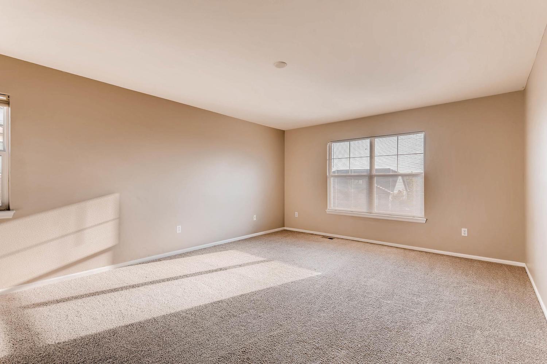10186 Pitkin Way Commerce City-large-015-25-2nd Floor Master Bedroom-1500x1000-72dpi.jpg