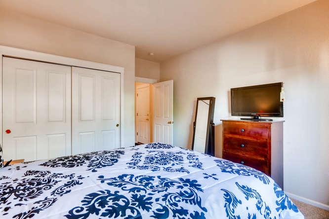 1674 Ames Ct Unit 25 Lone Tree-small-011-3-Master Bedroom-666x444-72dpi.jpg
