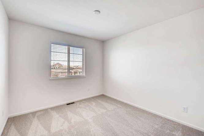 5401 S Granby Way Aurora CO-small-019-11-2nd Floor Bedroom-666x445-72dpi.jpg