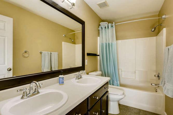 10802 Steele St Northglenn CO-small-018-8-2nd Floor Master Bathroom-666x444-72dpi.jpg
