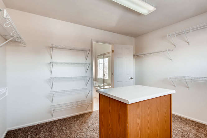 24646 E Florida Ave Aurora CO-small-020-12-2nd Floor Master Bedroom-666x444-72dpi.jpg