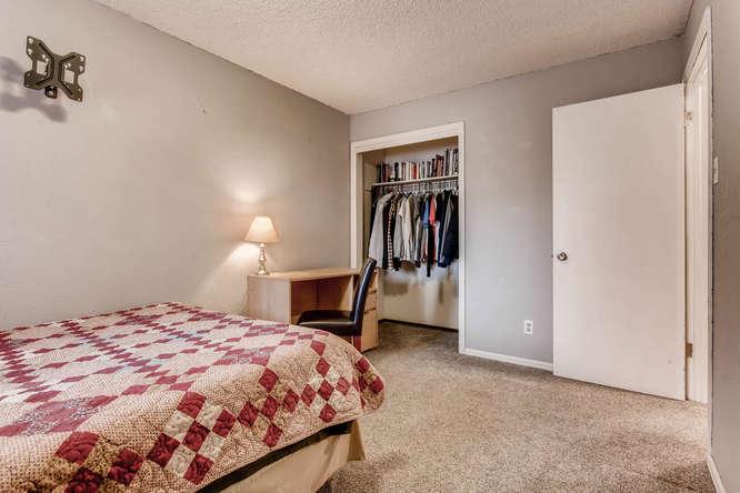 6992 S Bryant St Littleton CO-small-022-24-Lower Level Bedroom-666x444-72dpi.jpg