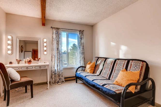 4062 S Atchison Unit 304-small-008-14-2nd Floor Bedroom-666x444-72dpi.jpg