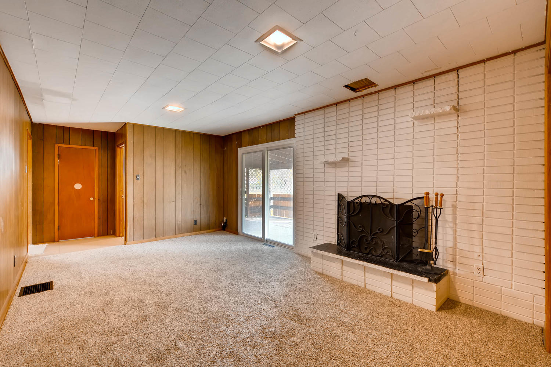 511 S Xavier St Denver CO-large-013-4-Family Room-1500x1000-72dpi.jpg