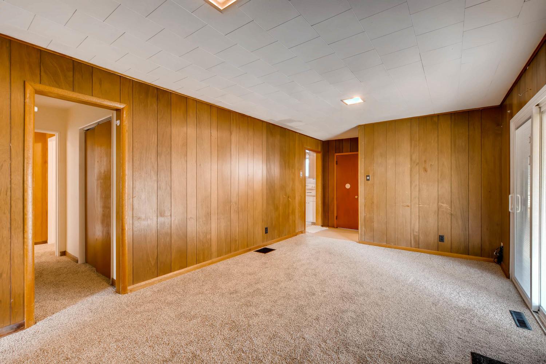 511 S Xavier St Denver CO-large-014-22-Family Room-1500x1000-72dpi.jpg