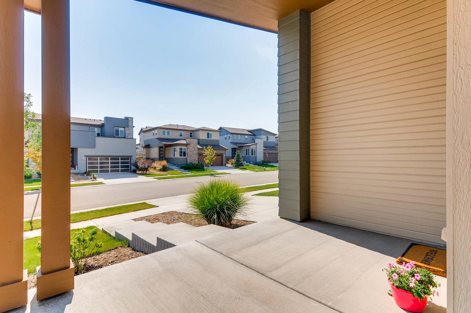 10101 Truckee St Commerce City-large-004-3-Front Patio-1500x997-72dpi.jpg
