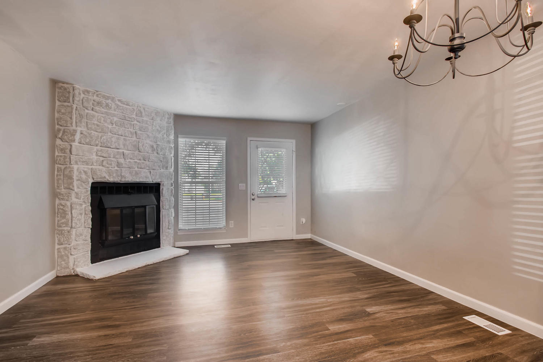 1811 S Quebec Way Unit 224-large-003-3-Living Room-1500x1000-72dpi.jpg