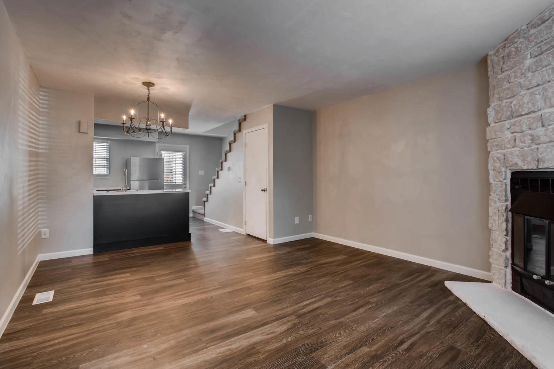 1811 S Quebec Way Unit 224-large-004-1-Living Room-1500x1000-72dpi.jpg
