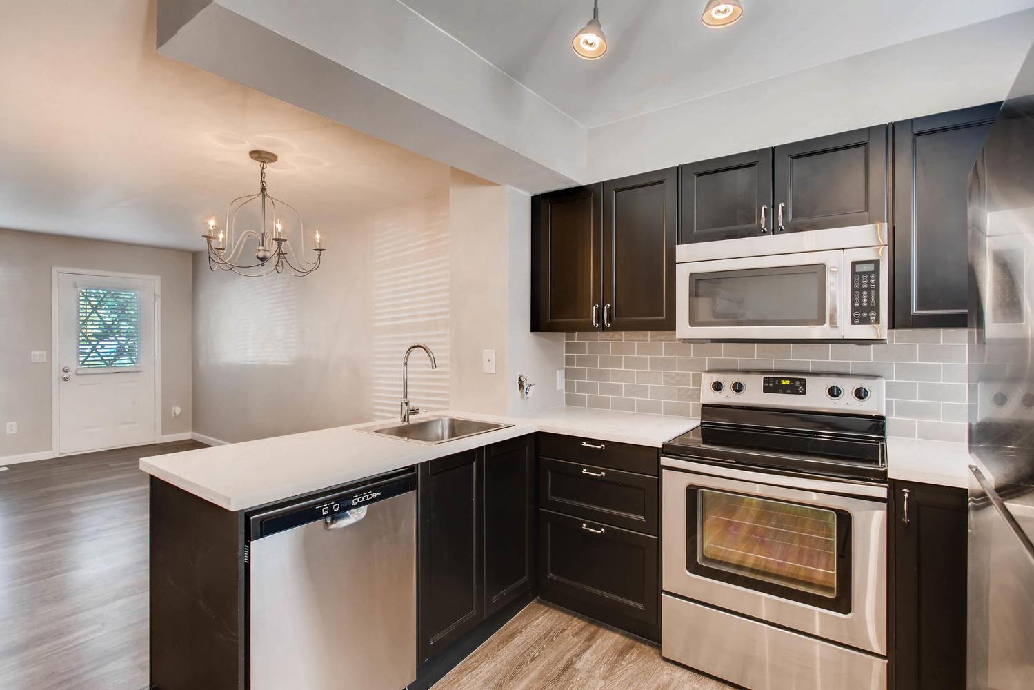 1811 S Quebec Way Unit 224-large-006-5-Kitchen-1500x1000-72dpi.jpg