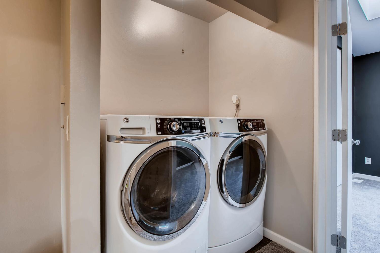 1811 S Quebec Way Unit 224-large-010-7-2nd Floor Laundry Room-1500x1000-72dpi.jpg