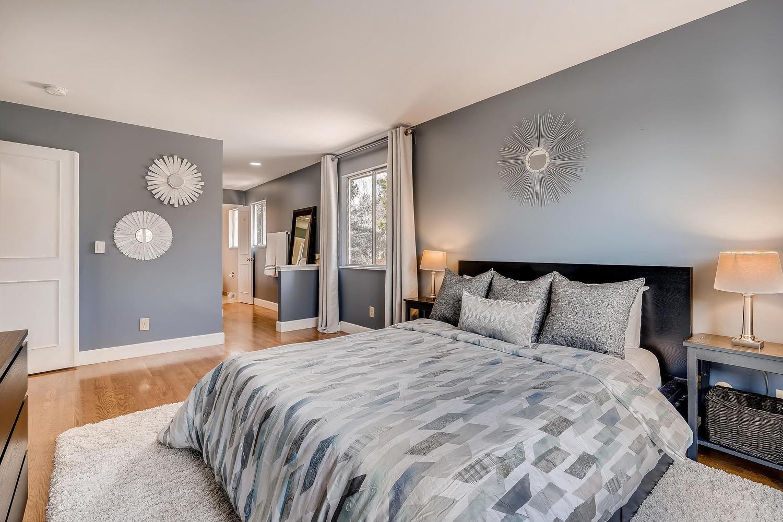 5439 S Morning Glory Lane-large-013-5-2nd Floor Master Bedroom-1500x1000-72dpi.jpg