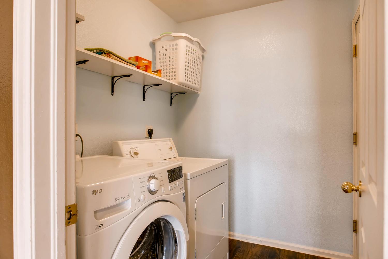 10979 Josephine St Northglenn-large-024-12-Laundry Room-1500x1000-72dpi.jpg