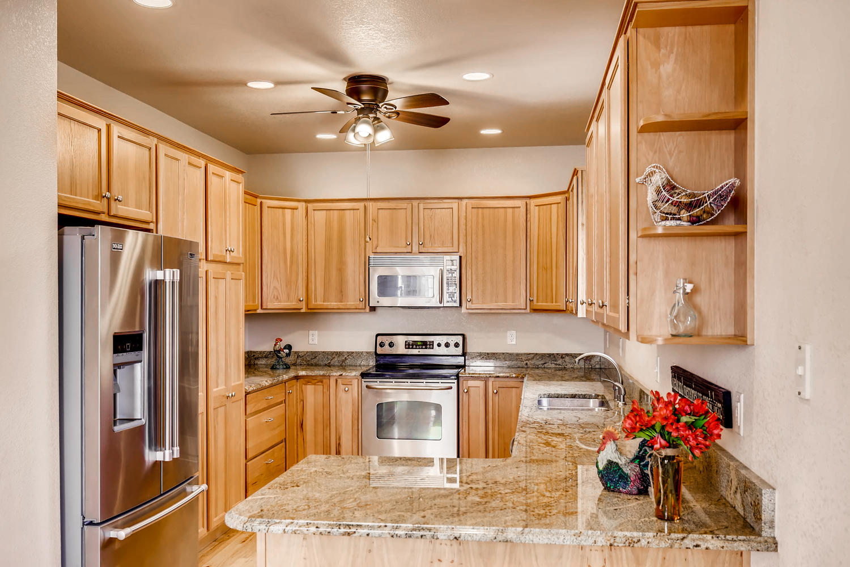 8690 W 49th Cir Arvada CO-large-008-28-Kitchen-1500x1000-72dpi.jpg