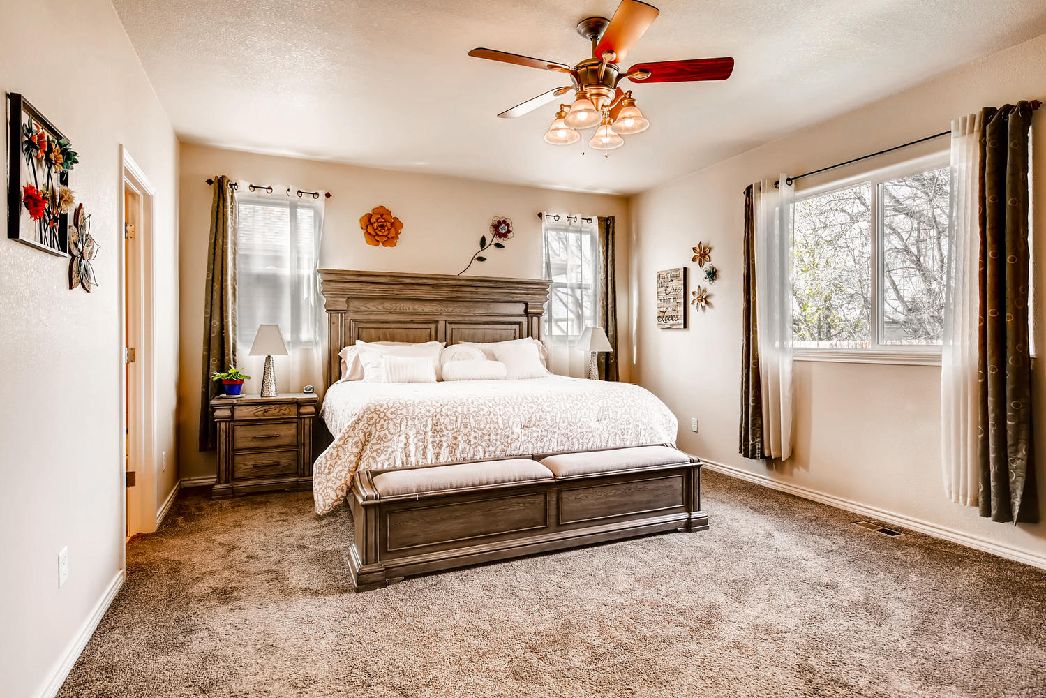 8690 W 49th Cir Arvada CO-large-012-26-Master Bedroom-1500x1000-72dpi.jpg
