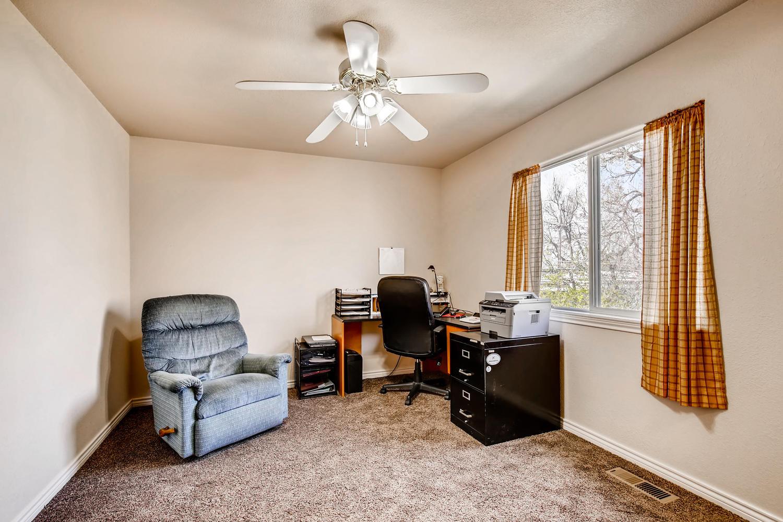 8690 W 49th Cir Arvada CO-large-016-8-2nd Floor Bedroom-1500x1000-72dpi.jpg