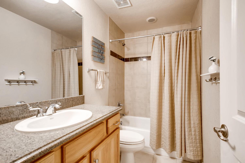 8690 W 49th Cir Arvada CO-large-018-17-2nd Floor Bathroom-1500x1000-72dpi.jpg