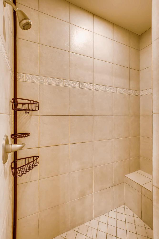 8690 W 49th Cir Arvada CO-large-021-9-Master Bathroom Detail-667x1000-72dpi.jpg