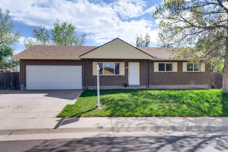 5501 Altura St Denver CO 80239-large-001-3-Exterior Front-1500x998-72dpi.jpg