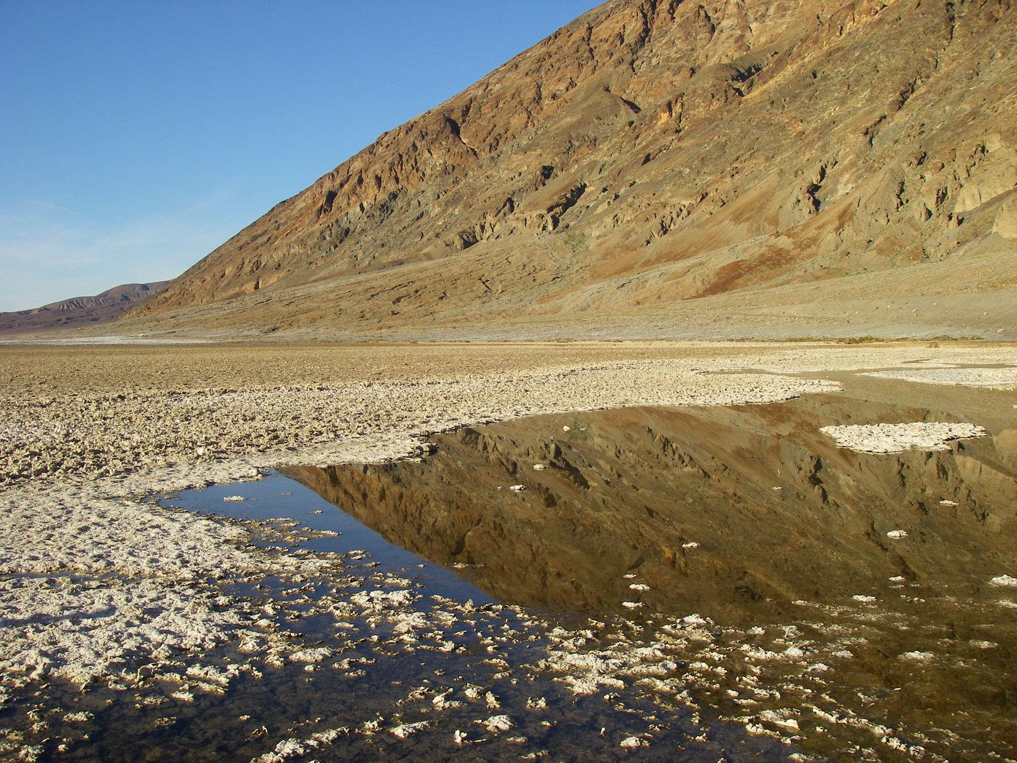 A pool at the edge of the Badwater Basin salt flats.  (Image by Emily Benson)