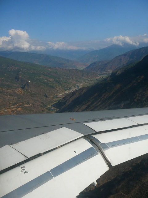 Descent into Paro.