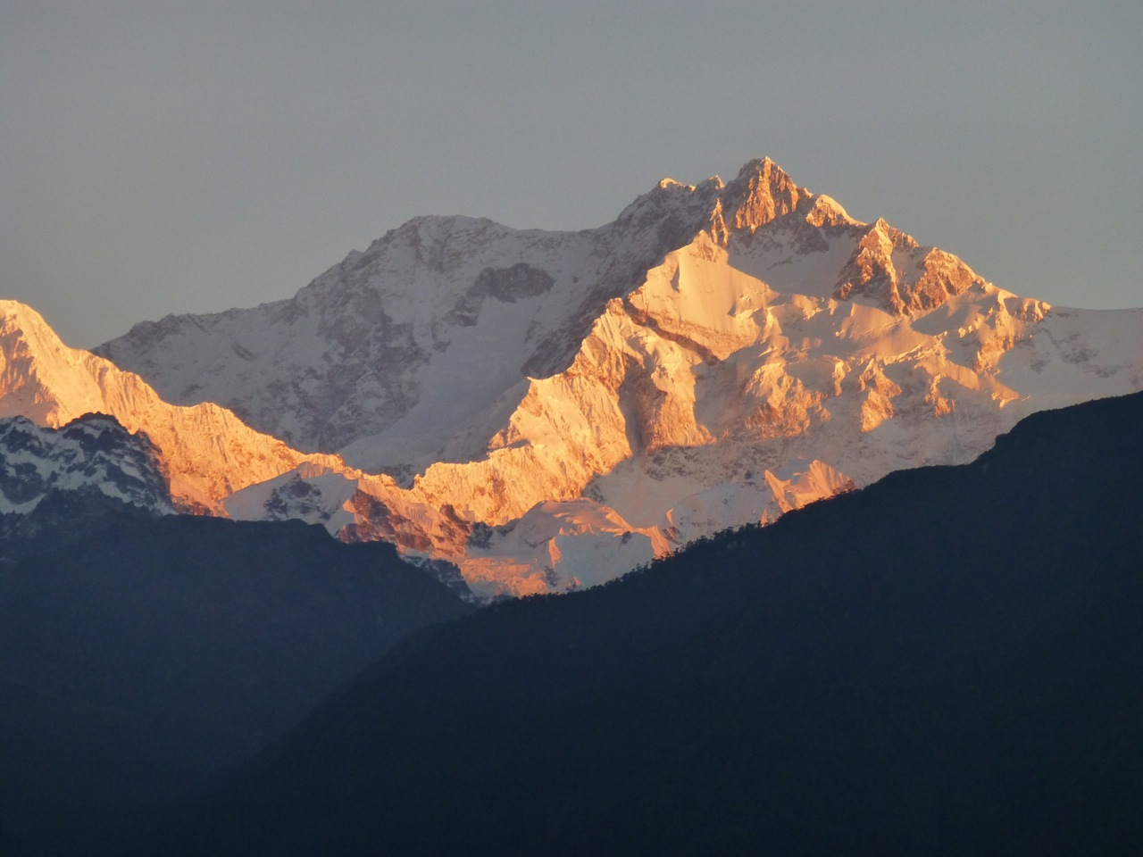 Mt Kanchenjunga at dawn