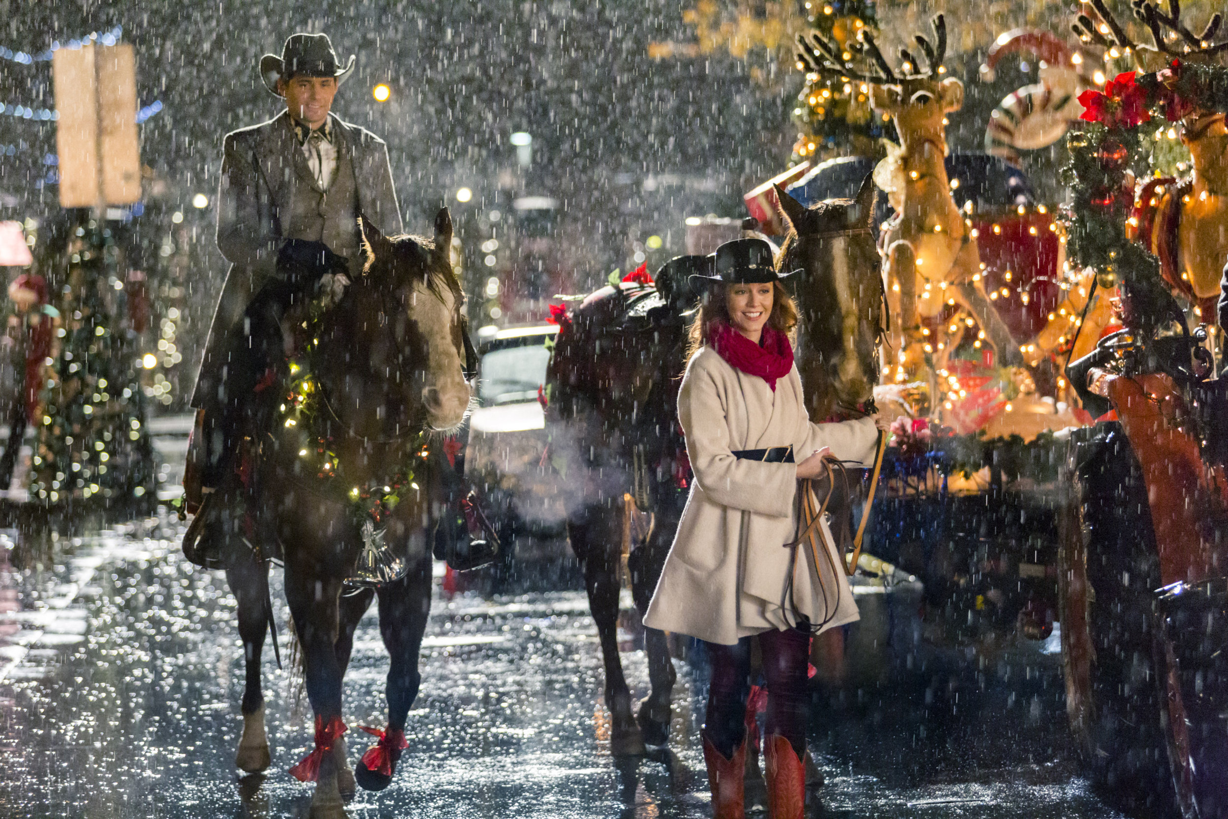 This entire suit and hat is 100X. (© Hallmark Channel)
