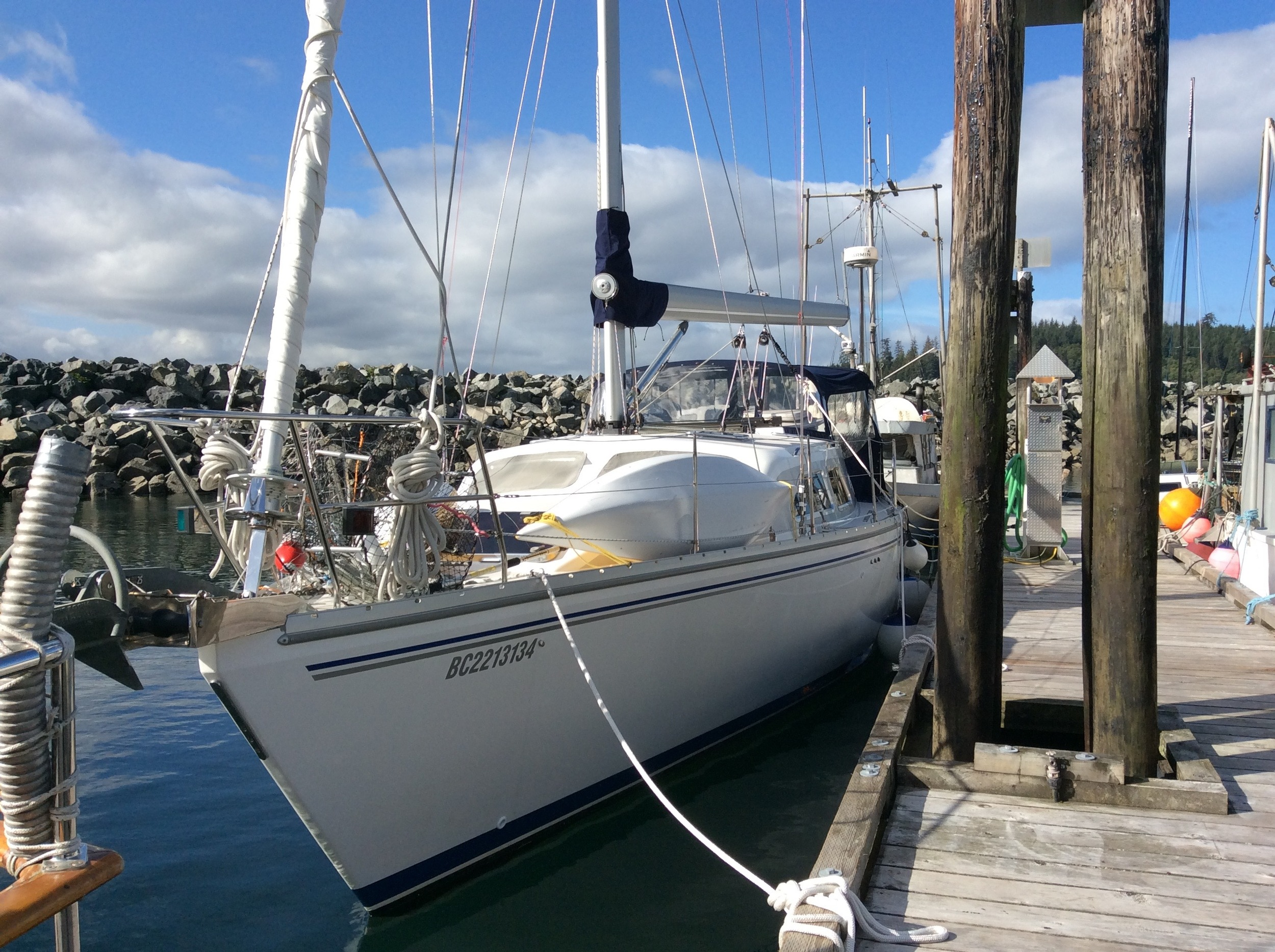 Judy's 45' Catalina Morgan - Alert Bay