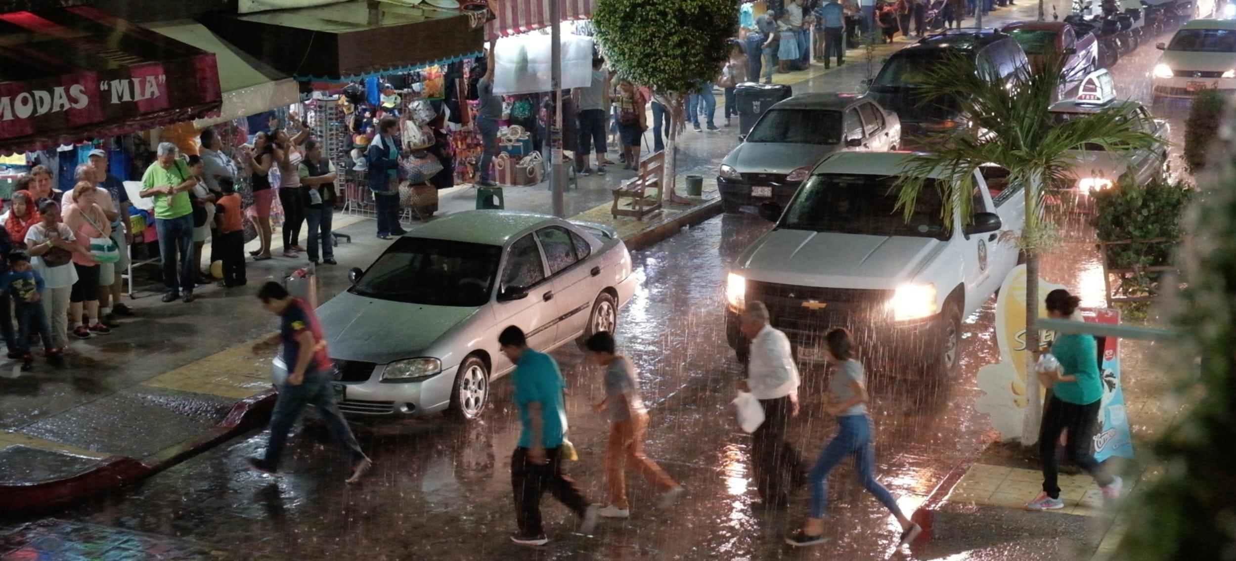 Palenque rain 2.jpg