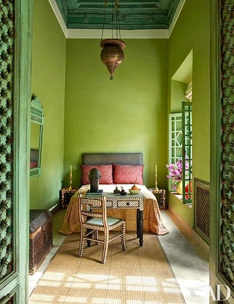item4.rendition.slideshowVertical.ahmed-sardar-afkhami-designed-marrakech-riad-09-wm.jpg