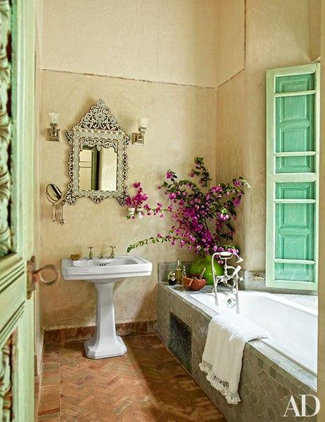 item6.rendition.slideshowVertical.ahmed-sardar-afkhami-designed-marrakech-riad-15-wm.jpg