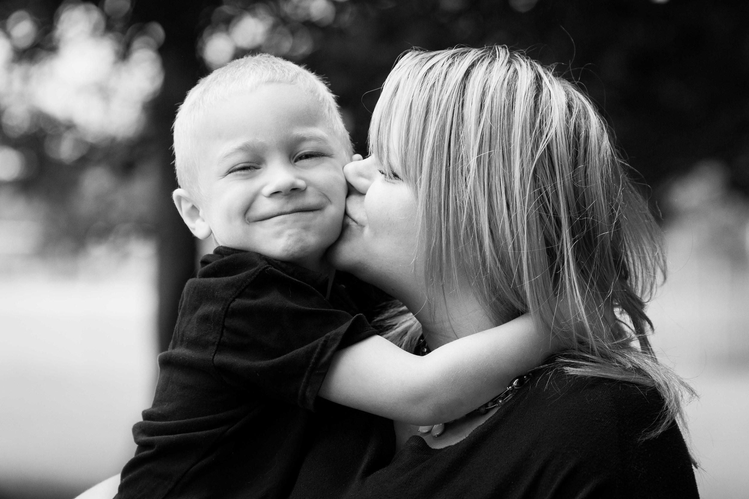 ritratti di famiglia torino italia Laura Griffiths fotografia madre bambino ragazzo