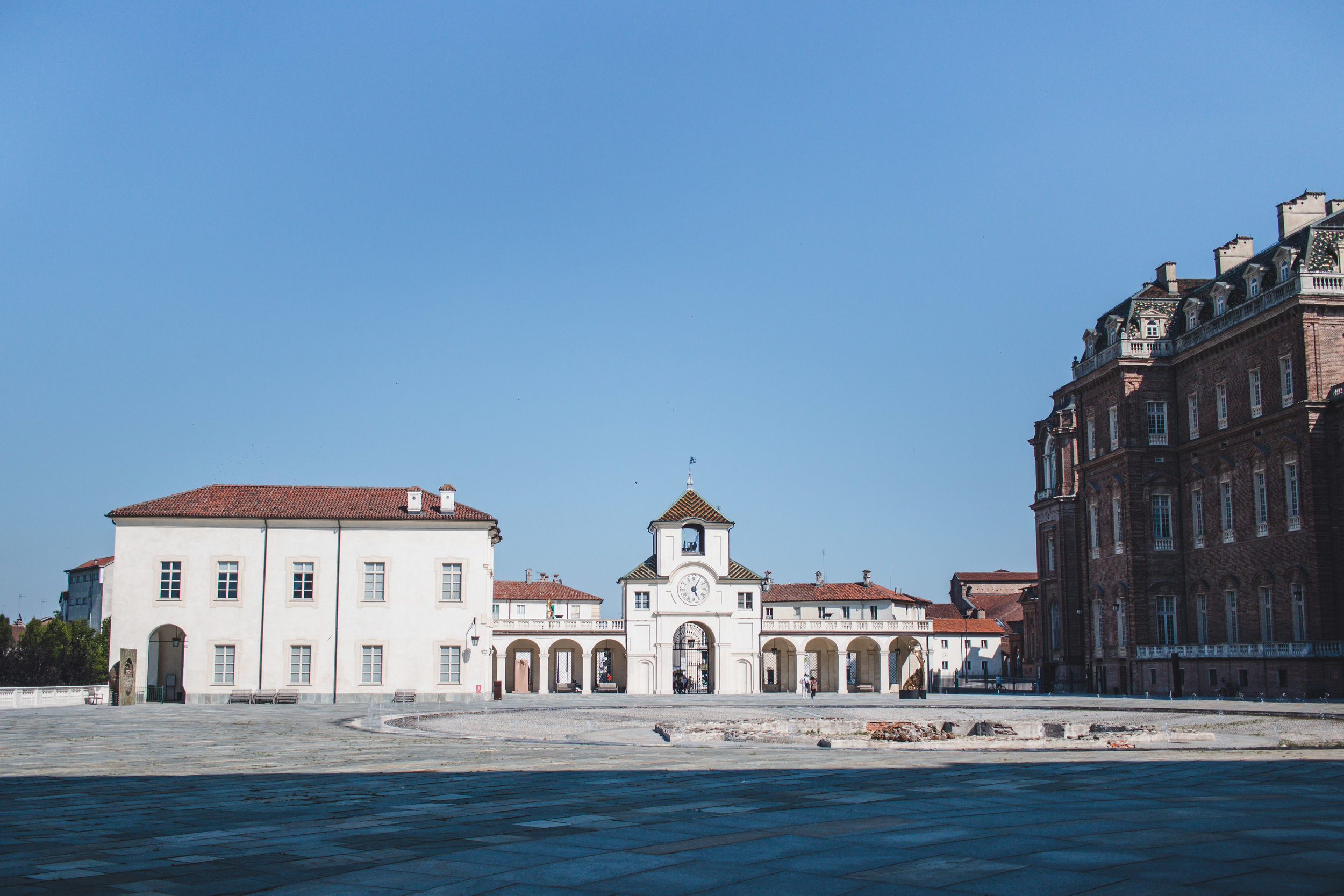 Matrimonio Wedding in the Castle of Venaria Italy, Destination Wedding Photographer