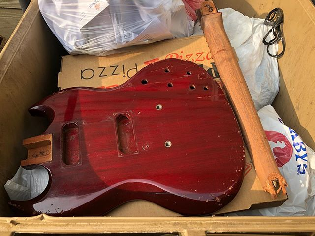 I picked up this 1974 Gibson SG a few years ago and was finally getting around to finishing the project. It had an ugly headstock repair that I thought was strong. The frets were down to nothing so, as I seated the last fret yesterday, I looked at the headstock and it had completely come apart. This has become a money pit and a time waster and, apparently, it doesn't want to be brought back to life or played. I thought I was the one to do it - give it a new life and let it continue it's life's journey. It's now where it always wanted to be an deserves to be. Goodbye, you thin-necked, poorly-designed-headstock, crappy '70's quality control, rock machine. I took great pleasure in flinging you down the driveway and smashing you to pieces. You're dead to me.  #sg #gibsonsg #guitar #guitars #guitarist #music #electricguitar #customguitar #guitarbuilding #fender #fenderguitar #tele #telecaster #strat #stratocaster #jazzmaster #gibson #lespaul #guitarcollection #luthier #woodworking #diy #handmade #vintage #blues #rock #jazz #metal #lanxtonguitars