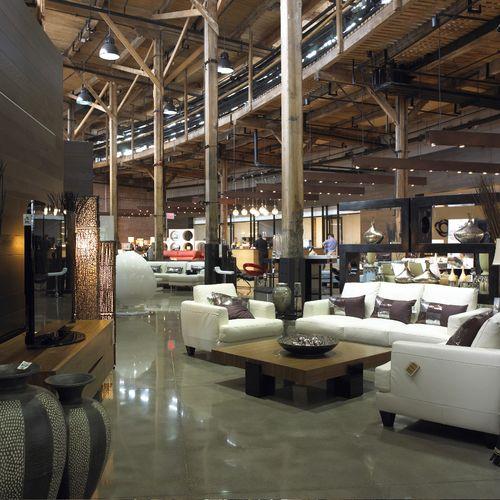 Leons showroom 3.jpg