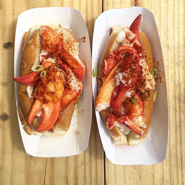 The lobster to my roll. 1 week @dfendlah ❤️👰🏼🤵🏼#EEEEEATS #fendlerbender