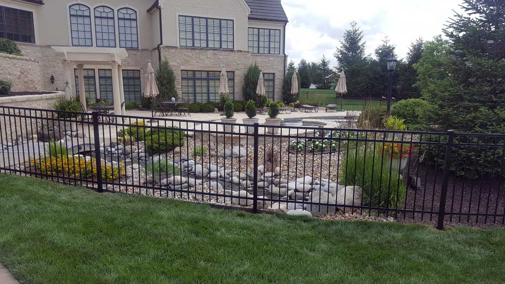 iron-fencing-for-your-home.jpg