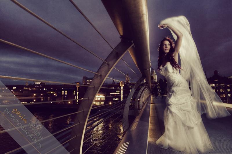 Bride-Bridal-Wedding-London_Bridal-London_Wedding-Romance-Gherkin-Millennium_Bridge-Portraits-www.gavinconlan.com-gavin_conlan-Portraiture-Essex_Photographer-London_Photographer-Weddings_at_Gherkin.-2-25.jpg
