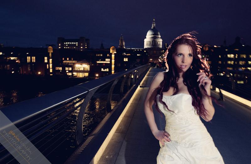 Bride-Bridal-Wedding-London_Bridal-London_Wedding-Romance-Gherkin-Millennium_Bridge-Portraits-www.gavinconlan.com-gavin_conlan-Portraiture-Essex_Photographer-London_Photographer-Weddings_at_Gherkin.-2-26.jpg