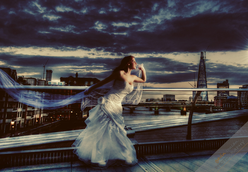 Bride-Bridal-Wedding-London_Bridal-London_Wedding-Romance-Gherkin-Millennium_Bridge-Portraits-www.gavinconlan.com-gavin_conlan-Portraiture-Essex_Photographer-London_Photographer-Weddings_at_Gherkin.-3-3.jpg