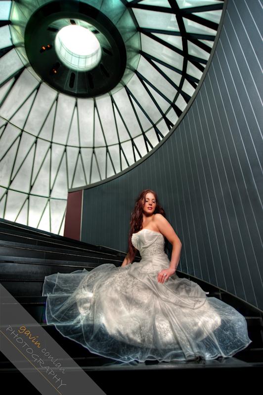Bride-Bridal-Wedding-London_Bridal-London_Wedding-Romance-Gherkin-Millennium_Bridge-Portraits-www.gavinconlan.com-gavin_conlan-Portraiture-Essex_Photographer-London_Photographer-Weddings_at_Gherkin.-2-5.jpg