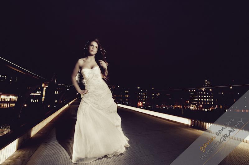 Bride-Bridal-Wedding-London_Bridal-London_Wedding-Romance-Gherkin-Millennium_Bridge-Portraits-www.gavinconlan.com-gavin_conlan-Portraiture-Essex_Photographer-London_Photographer-Weddings_at_Gherkin.-2-27.jpg