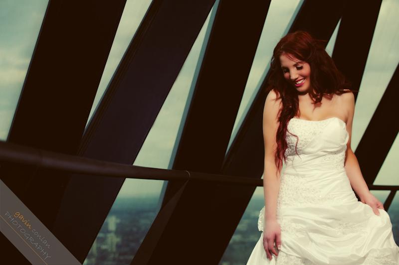 Bride-Bridal-Wedding-London_Bridal-London_Wedding-Romance-Gherkin-Millennium_Bridge-Portraits-www.gavinconlan.com-gavin_conlan-Portraiture-Essex_Photographer-London_Photographer-Weddings_at_Gherkin.-7525.jpg