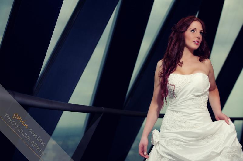 Bride-Bridal-Wedding-London_Bridal-London_Wedding-Romance-Gherkin-Millennium_Bridge-Portraits-www.gavinconlan.com-gavin_conlan-Portraiture-Essex_Photographer-London_Photographer-Weddings_at_Gherkin.-2-9.jpg