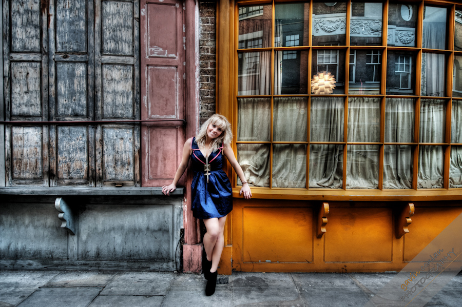 Kelly_Pepper-Bermondsey_Village-Portraits-Fashion-www.gavinconlan.com-gavinconlan-Portraiture-EssexPhotographer-LondonPhotographer-London-Bridge.-2-18.jpg