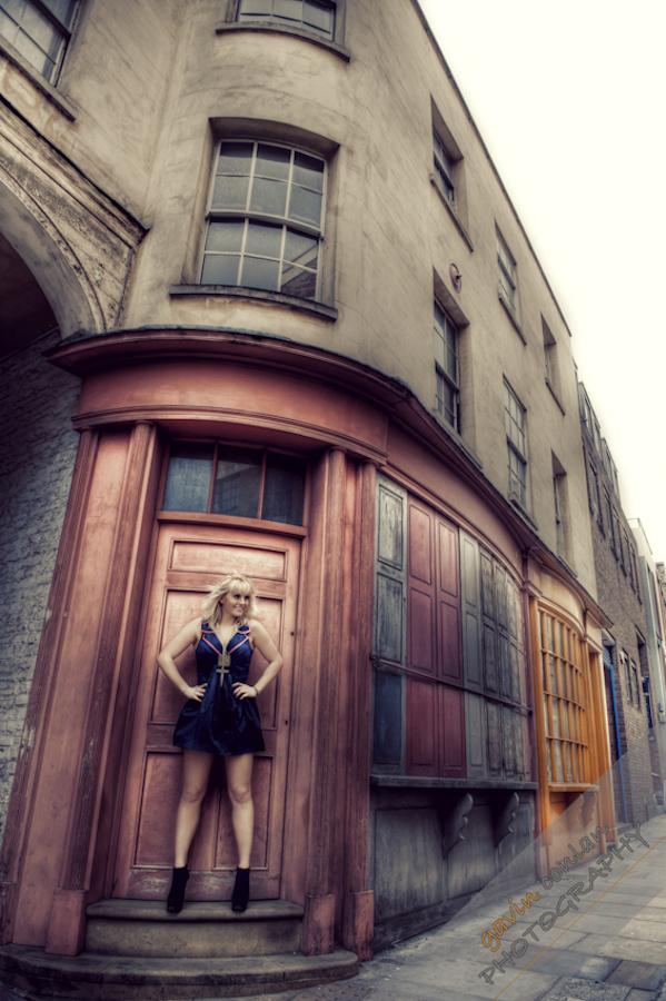 Kelly_Pepper-Bermondsey_Village-Portraits-Fashion-www.gavinconlan.com-gavinconlan-Portraiture-EssexPhotographer-LondonPhotographer-London-Bridge.-2-16.jpg