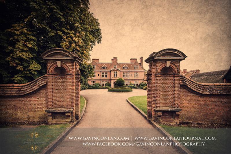 gavin-conlan-photography-Horwood-House-Buckinghamshire-wedding-photographer-photography-St-Clares-Church-Aylesbury-2.jpg