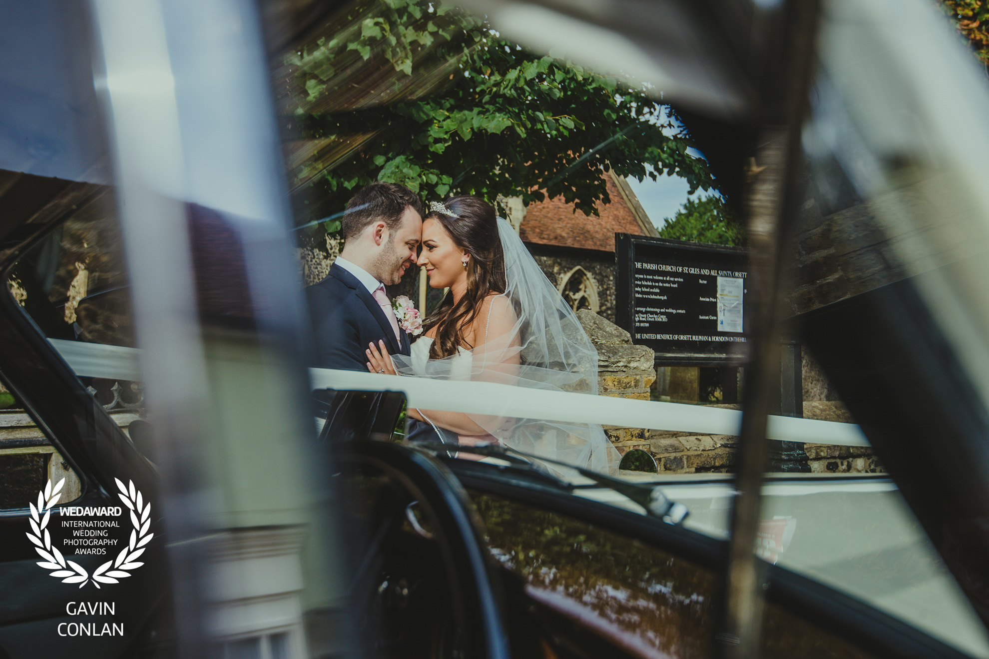 wedding-portrait-all-saints-church-friern-manor-essex-gavin-conlan-photography-wedaward